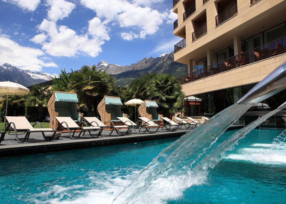 Balance des wassers for Hotel meran design